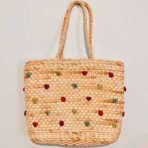 Handbags - Cornhusk Straw Tote w/ 3D Colorful Rosebuds 🌹